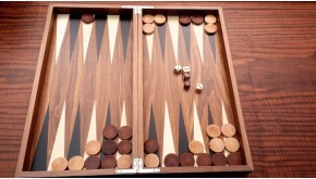 Backgammon set with colored inlays No 1143