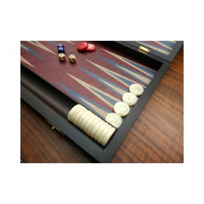 Middle backgammon set